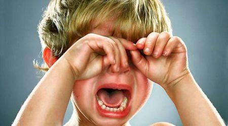 Как пережить истерики малыша